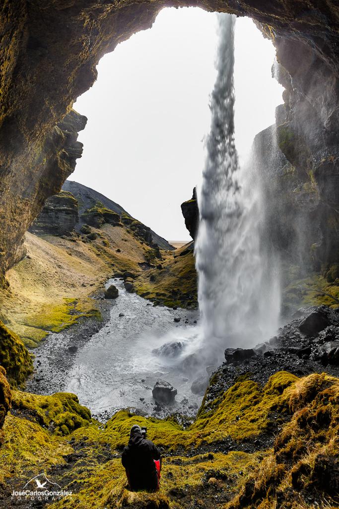Cascada de Kvernufoss